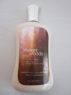 Bath & Body Works Crépuscule Woods originale Signature Collection Body Lotion 8 fl oz (236 ml)